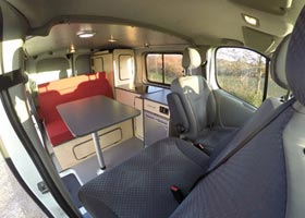 kit amenagement fourgon camping car renault master location auto clermont. Black Bedroom Furniture Sets. Home Design Ideas