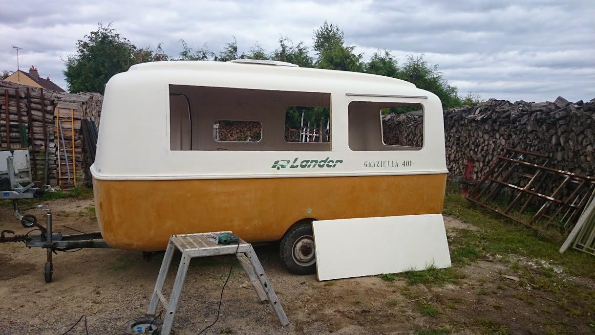 Caravane food truck a vendre location auto clermont - Peindre une caravane ...