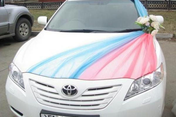 decoration voiture mariage ruban