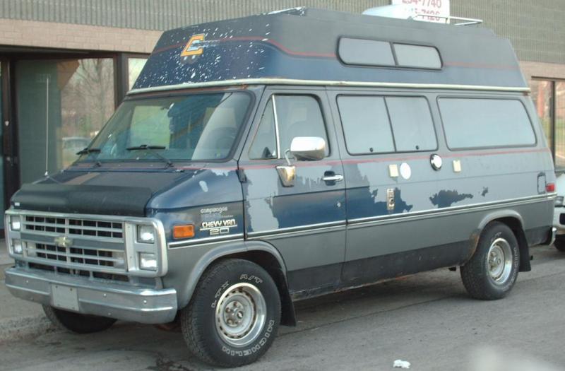 van camper usage a vendre location auto clermont. Black Bedroom Furniture Sets. Home Design Ideas
