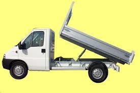 louer un camion pas cher location auto clermont. Black Bedroom Furniture Sets. Home Design Ideas
