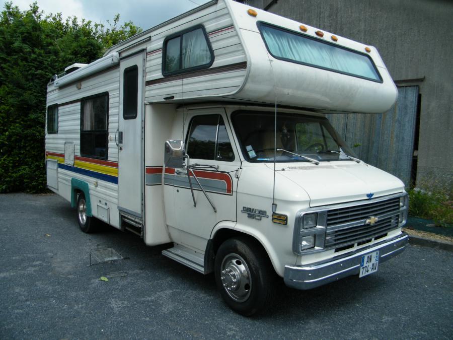 recherche camping car integral occasion location auto clermont. Black Bedroom Furniture Sets. Home Design Ideas