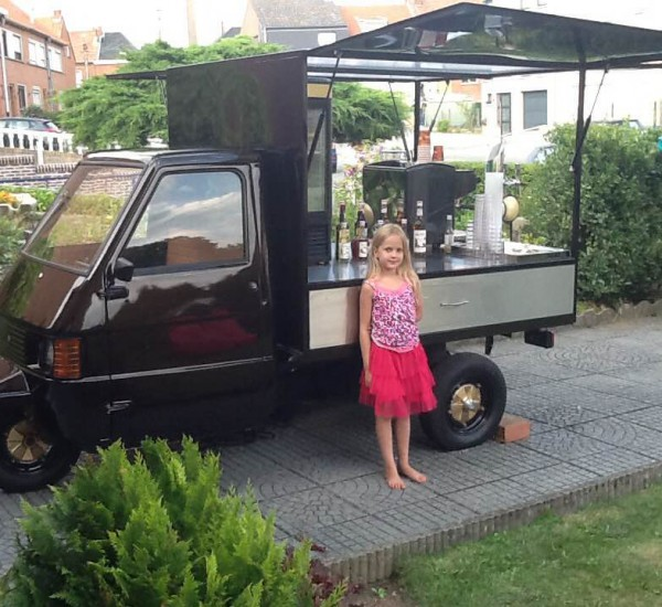 piaggio ape food truck occasion food. Black Bedroom Furniture Sets. Home Design Ideas