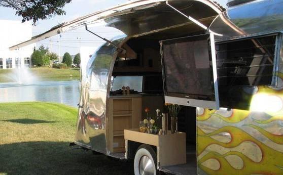 caravane airstream d occasion a vendre location auto clermont. Black Bedroom Furniture Sets. Home Design Ideas