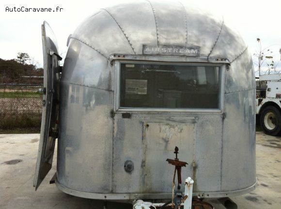 caravane pliante cabanon location auto clermont. Black Bedroom Furniture Sets. Home Design Ideas