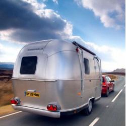 caravane americaine de luxe location auto clermont. Black Bedroom Furniture Sets. Home Design Ideas